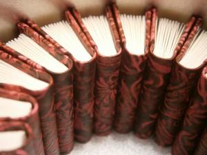Minibücher nur 28 mm hoch mit Buchblock in Leporellotechnik